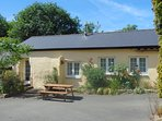 Beech Cottage. Sleeps 4  Comfortable cozy cottage, ideal base for exploring Devon and Cornwall.