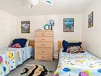 Fishy Twin Bedroom 3