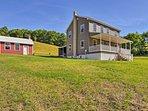 NEW! Restored Farmhouse 5 Mi. to Blue Mtn. Resort!