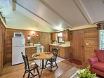 This studio cottage is also equipped with complimentary WiFi.