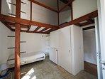 Camera da letto con 2 letti singoli (una mezzaine)