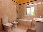 Bathroom of bedroom 4
