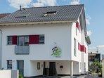 Vorderansicht des Apartmenthaus Horster, Bensheim