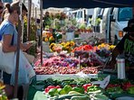 To do: Ocean Beach's weekly farmer's market - every Wednesday on Newport Ave, 4:00 - 8:00 PM.