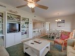 Duneridge 2111 Living Room