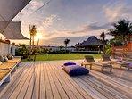 Majapahit Beach Villas - Villa Nataraja - Deck event space