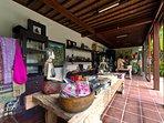 Majapahit Beach Villas - Shopping