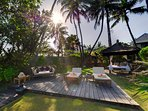 Majapahit Beach Villas - Villa Nataraja - Raj and Majapahit Beach Villas - Villa Nataraja beach deck