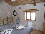Chambre 1er étage : 2 lits simples transformables en 1 lit double
