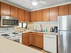 Keauhou Punahele #D103 - Fully Equipped Kitchen