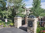 Slopeside Deerbrook Town Homes