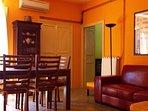 Living con zona pranzo e salotto