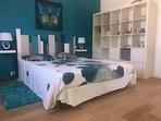 La chambre bleue avec literie de qualité 160/200