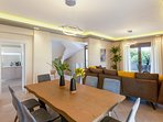 Dining area! Enjoy your home made meals with your loved ones!