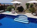 Relax at Villa Pheakon
