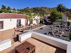 Casa Demetria is vrijstaand en gelegen op enige afstand van de hoofdwoning van de eigenaars.