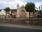 Turnhalle mit Friedrich-Ludwig-Jahn-Büste zum Jahn-Gedächtnisturnfest