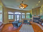 There are 4 bedrooms and 3.5 bathrooms to accommodate 12 guests.