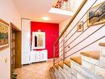 Hallway 1, Surface: 8 m²