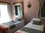 4th bedroom  with single beds