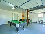 You'll love the game room in the garage!
