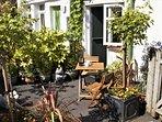 Courtyard Garden to enjoy sunny mornings