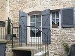 Maison individuelle, 4 pers au coeur de Meursault..  Commerces à proximités.