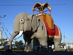 "Climb ""The World's Largest Elephant"" Lucy the Margate Elephant!"