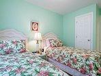 Green Garden twin bedroom 6