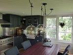 Keuken/eettafel, achterzijde ark