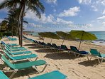Beach loungers & umbrellas only for guests of Luna