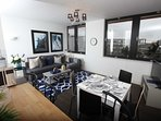 Amazing and bright 2 bed flat with free parking