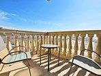 Shared Balcony Between Guest Bedrooms 2