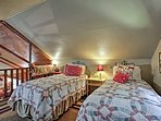 Friends or siblings can share this space with 2 twin beds.