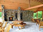Pavillon Fireplace and Picnic Tables