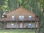 Beautiful Log Cabin on 3 Acres, Minutes to West Jefferson, Game Room, Pets OK
