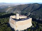 You can visit the fortress Rocca Sillana visible from the villa