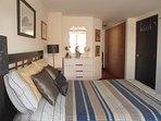 Dormitorio Principal, cama full