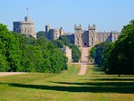 Picnic, saunter or relax along the Mile long walk up to Windsor Castle - It's free and great fun!