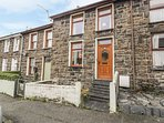 TEGFAN, pet friendly, country holiday cottage, with a garden in Llan Ffestiniog,