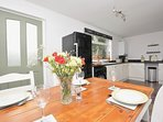Contemporary open plan kitchen/diner