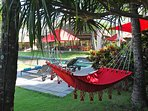 Villa Maridadi - Laze around poolside
