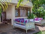 Monkey Beach House- ground flr -exterior lounge area
