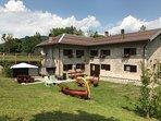 Spettacolare Chalet in Trentino a 1200 metri di quota. dotato di ogni confort, in tutte le stagioni