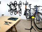 Taller para poder reparar sus bicicletas