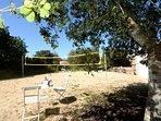 Campo de voley playa donde podemos jugar o tomar el sol