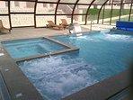 piscine du SPA chauffée toute l'année à 30°