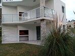 Casas estilo Piedra 2 ambientes - Base 2 personas (hta 4 huespedes): Galería techada con parrillero