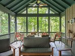 Large screened porch.