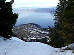Vue sur le lac Léman depuis les pistes de ski